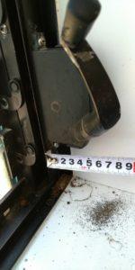 浴室にある窓のハンドル修理を致しました!