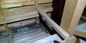 屋根裏の蜂の巣を駆除しました!
