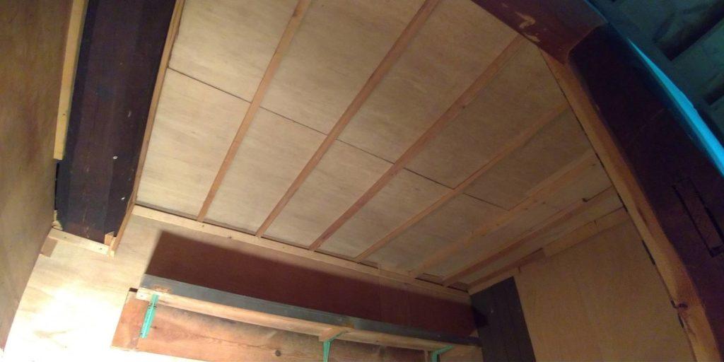 押入れの天井の補修を致しました!